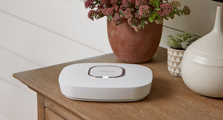 first-alert-onelink-safe-sound-puts-alexa-ceiling-right-features-featured-image